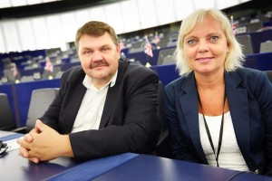 ECR Group approves two new members, Peter Lundgren and Kristina Winberg
